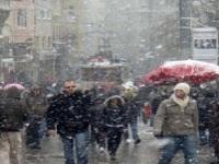 İstanbul`da Yeniden Kar Yağışı Başladı