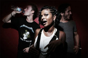 Roxy Noise: Jahcoozi