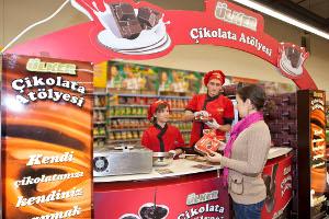 Ülker Çikolata Atölyesi'nde Mutluluk ve Lezzet Sizi Bekliyor