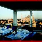 Panoramic Restaurant'ta Sevgililer Günü