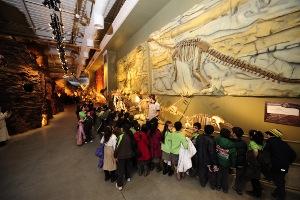 Bayram'da Jurassic Land'dan Tatlı Bir Sürpriz