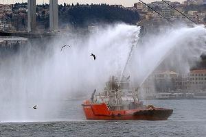 İstanbul Boğazı`nda Temizlik Başlıyor