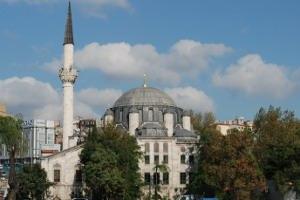 Azapkapı Sokollu Mehmet Paşa Camisi Restore Ediliyor