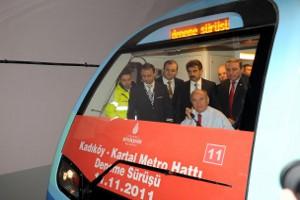 İstanbullu Metroya İndirimli Binecek