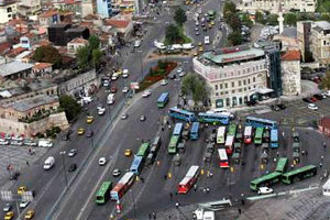 James Bond İstanbul`da Yolları Kapatacak