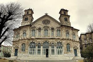 Aya Triada Rum Katolik Kilisesi