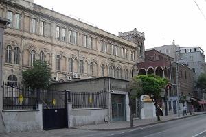 Saint Benoit Fransız Kilisesi