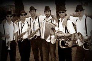 Balkan Fiesta - Live Performance: Maritsa