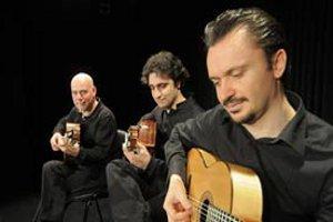 Küçükay Gitar Üçlüsü