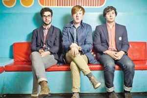 Garanti Bankası Sunar: Two Door Cinema Club & Metronomy