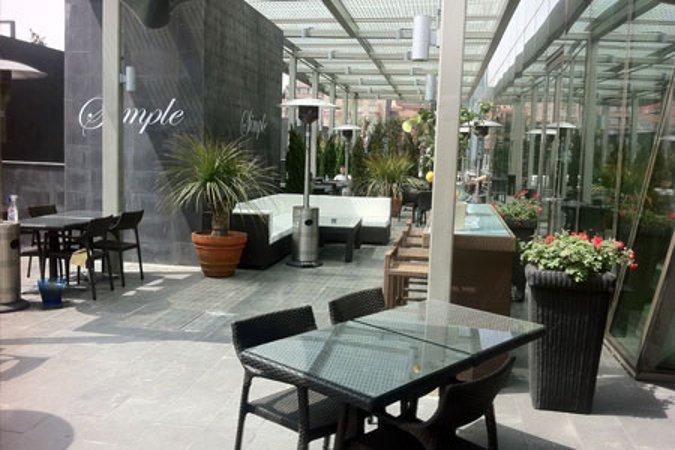 Simple Lounge Bar - Restaurant
