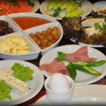 Cihangir'de Serpme Kahvaltı Keyfi