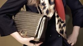 Aker Çantalar, Yüzde 50 İndirim Avantajıyla Yeni Yıl Şıklığınızı Tamamlıyor