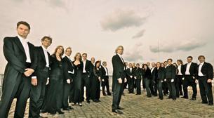 Berlin Senfoni Oda Orkestrası ve Erdal Akkaya