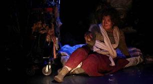 Evaristo – Altıdan Sonra Tiyatro