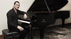 Kerem Görsev Vocal Jazz Project feat. Elif Çağlar