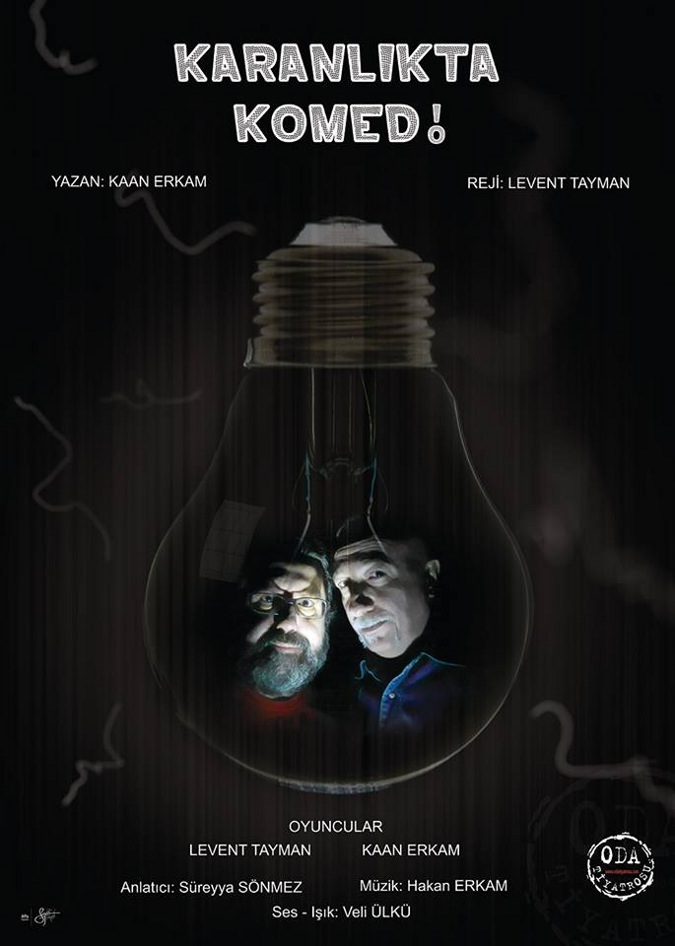 Karanlıkta Komedi