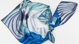 Aker, Mavi Renk Oyunlarıyla Marin Etkisini Şıklığınıza Uyarlıyor