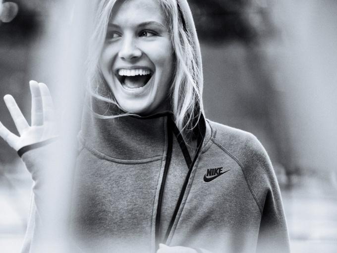"""Gündelik Hayatın Temposunu Yakalayan Yeni Tasarım: """"Nike Tech Fleece Butterfly"""""""