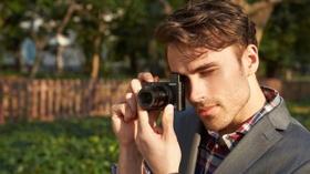 Daha Geniş, Parlak Lens Ve Dahili Vizörle Daha Fazla Çekim Gücü