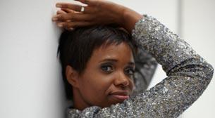 Kanada Sahnesi: Kellylee Evans - Babazula - Brandi Disterheft Trio