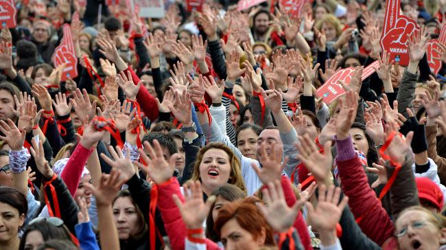 """One Billion Rising""""İn Bu Yılki Teması 'Adalet'"""