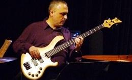 Kamil Erdem Akustik Quintet - İmer Demirer – J.J. Johnson Anısına