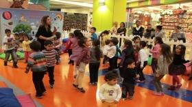 Çocuklara Özel Tiyatrolar Trump'ta