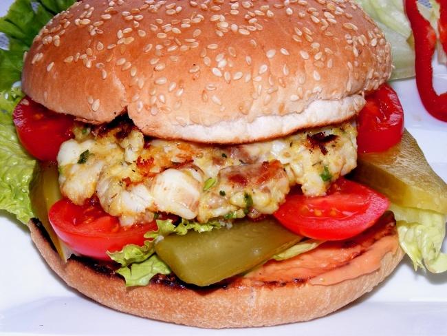 Çocuklara Özel 'Balık Hamburger'
