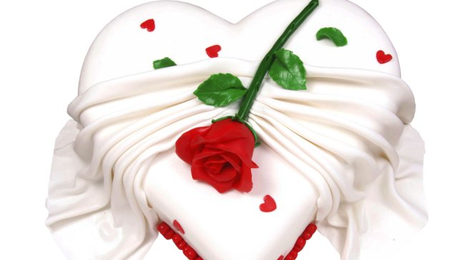 Sevgilinizi Aşk Pastalarıyla Şımartın