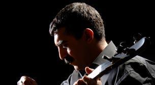 Erdal Erzincan (Solo)