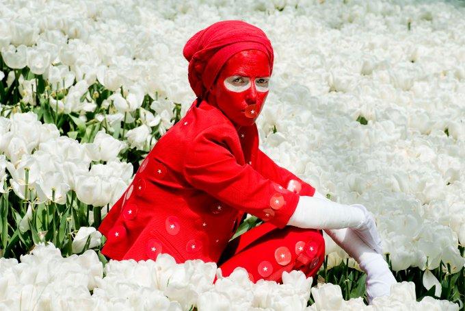 Zora Volantes - Red Light Sergi