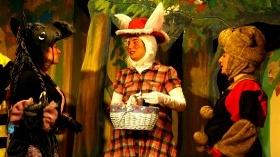 Kırmızı Başlıklı Tavşan