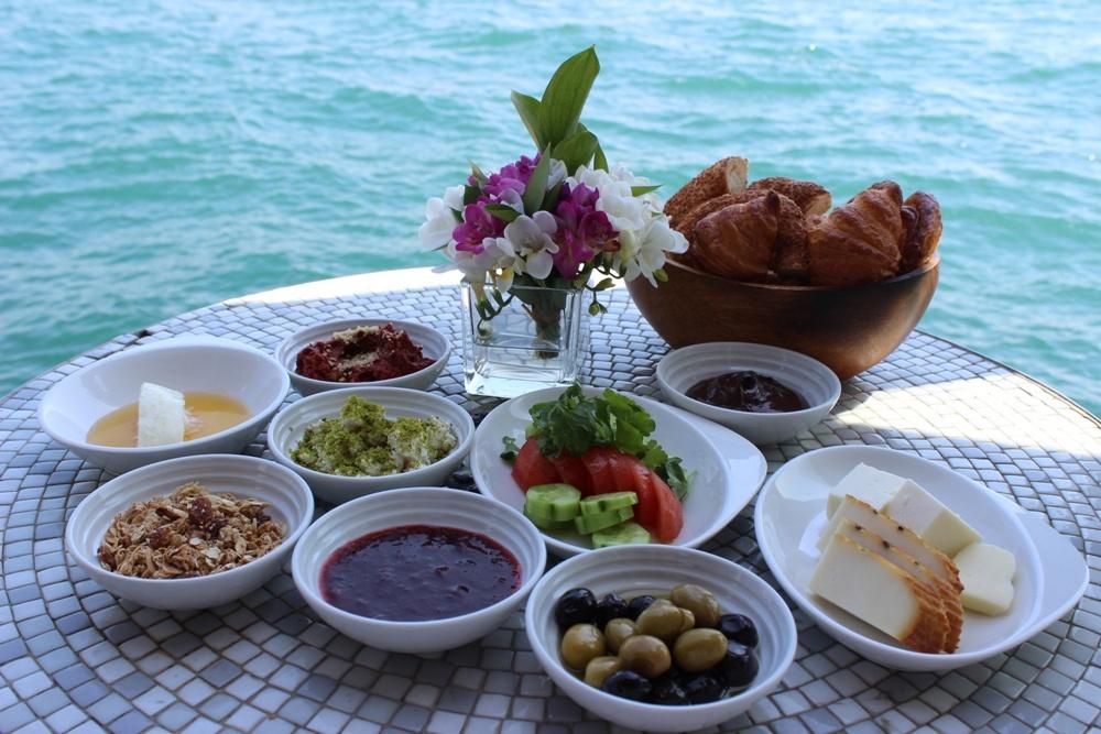 10 Mayıs Anneler Gününe Özel Kahvaltı