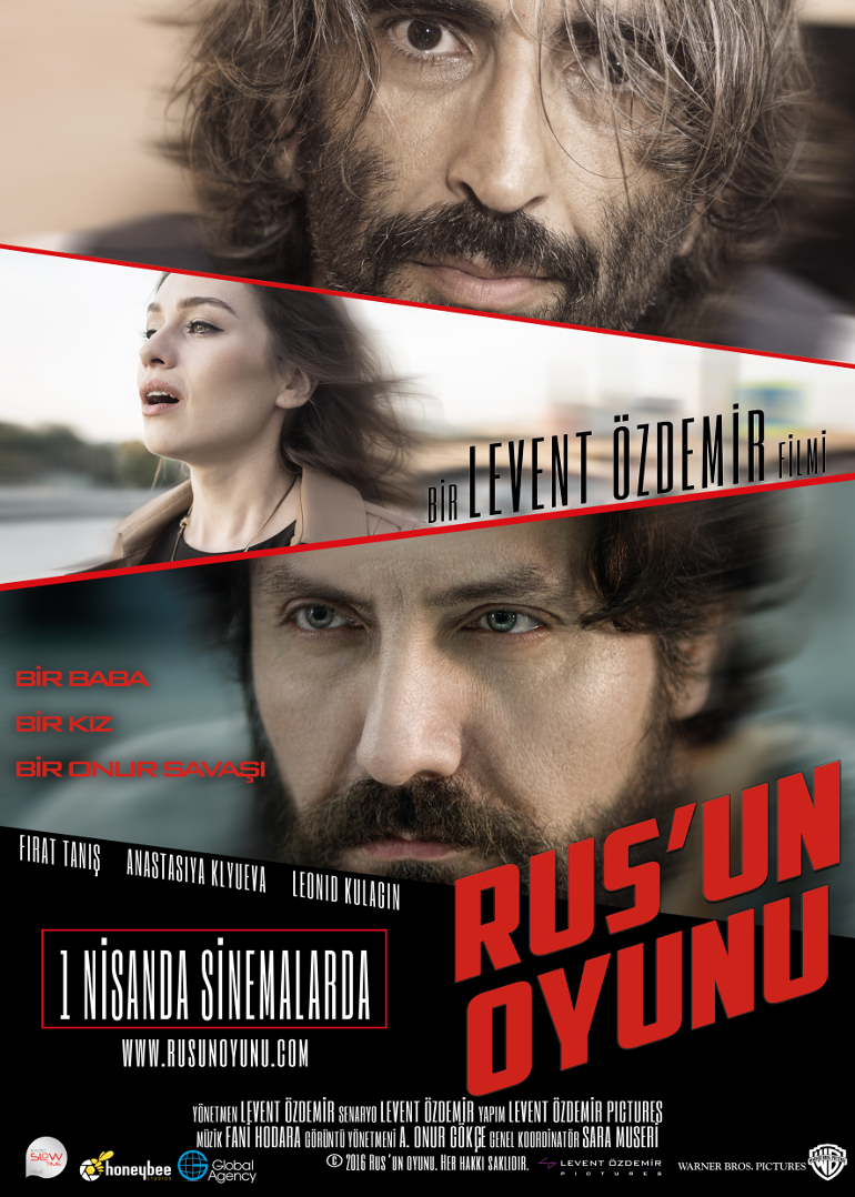 Levent Özdemir, Rus'un Oyunu'nu Hem Yazdı, Hem Yönetti, Hem Oynadı, Hem de Kılıktan Kılığa Girdi!