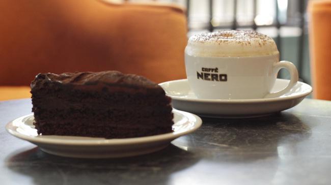 Cappuccino ve Çikolata Aşkına