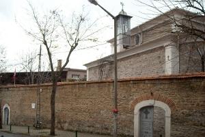 Yerevman Surp Haç Ermeni Kilisesi