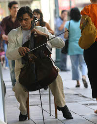 `Viyolonselin Paganini`si Benyamin Sönmez ile Müzik Sohbeti... - II