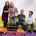 Yeni Yıla Arkadaşlarınızla Karaoke Yaparak Girin