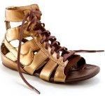 Sandalet Modasına Nike Yorumu