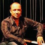 Burçin Büke (piyano)