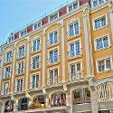 Lady Diana Hotel