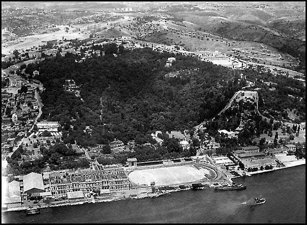 Siyah Beyaz Eski İstanbul Fotoğrafları - İstanbul ...