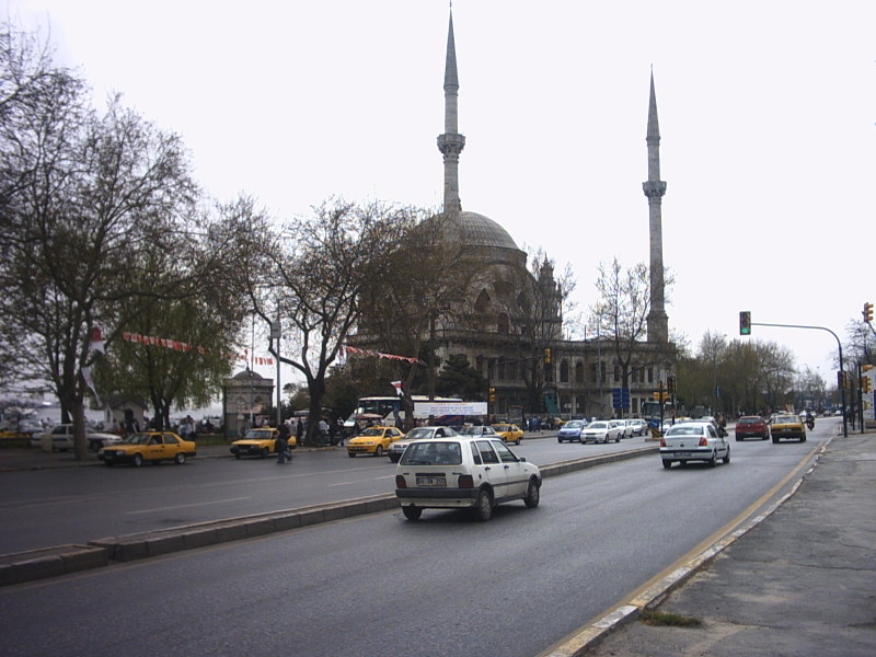 Dolmabahçe Cami
