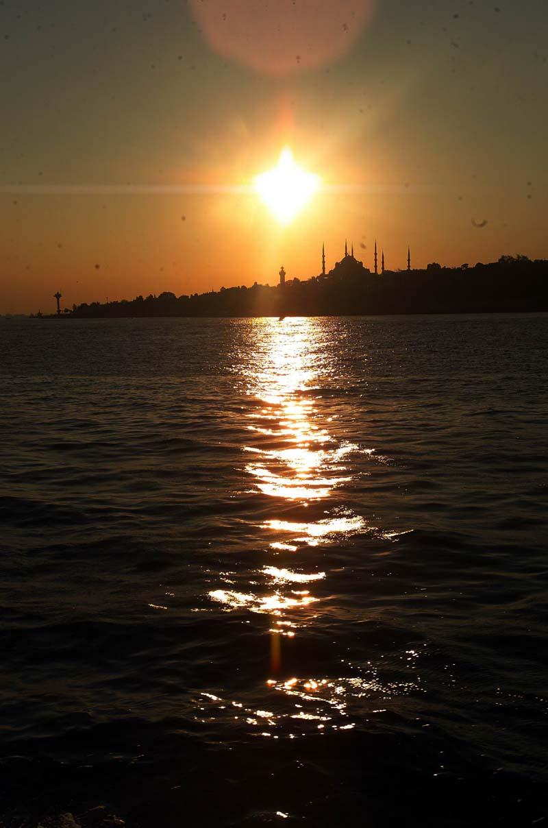 İstanbul`da Gün Batımı - Cemal Köyük