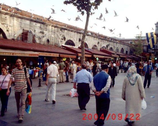 Eminönü Çarşısı- Osman Özkan
