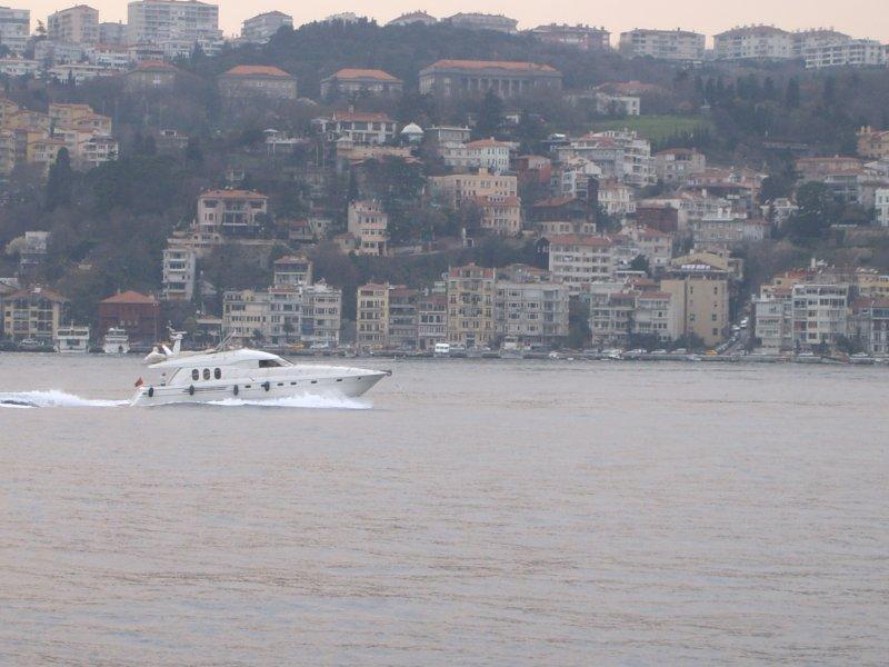 İstanbul Boğazı - Onat Kutlu