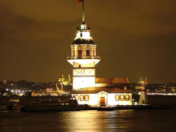 Kız Kulesi > Mehmet Çakıroğlu