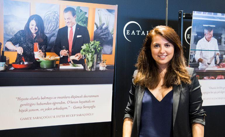 Merve Hasman Salvatori'nin Babamla Mutfakta Sergisi Açıldı