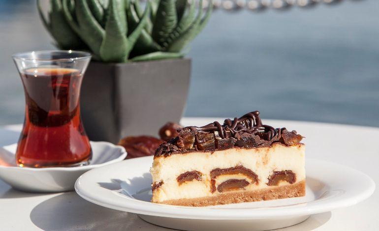 Cakes&Bakes'ten Ramazan'a Özel Lezzet Hurmalı Cheesecake